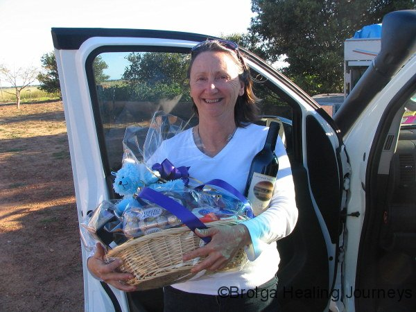Thanks Delron – a beautiful farewell hamper