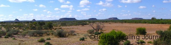 Hill country en route to Gascoyne Junction
