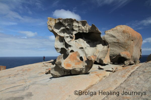 Nirbeeja explores Remarkable Rocks, Flinders Chase Ntl Pk