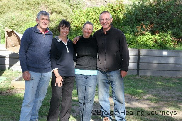 A wonderful surprise! Shannon, part of the 'Hierophant family' in Canberra, and her husband Rod, with Peter & Nirbeeja.  They were camped next to us in Penneshaw.