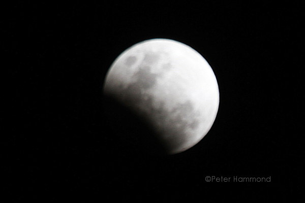 Partial lunar eclipse seen from Alice Springs, 26 June 2010, 8.06PM Australian Central Standard Time