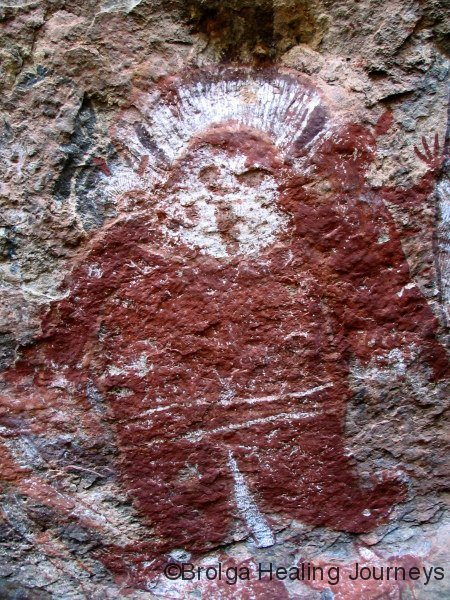 Close-up of Langurrngurru Wandjina, a 2 metre tall figure on the rock-face.